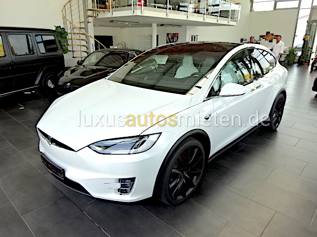 tesla mieten m nchen tesla sportwagen verleih tk autogroup. Black Bedroom Furniture Sets. Home Design Ideas