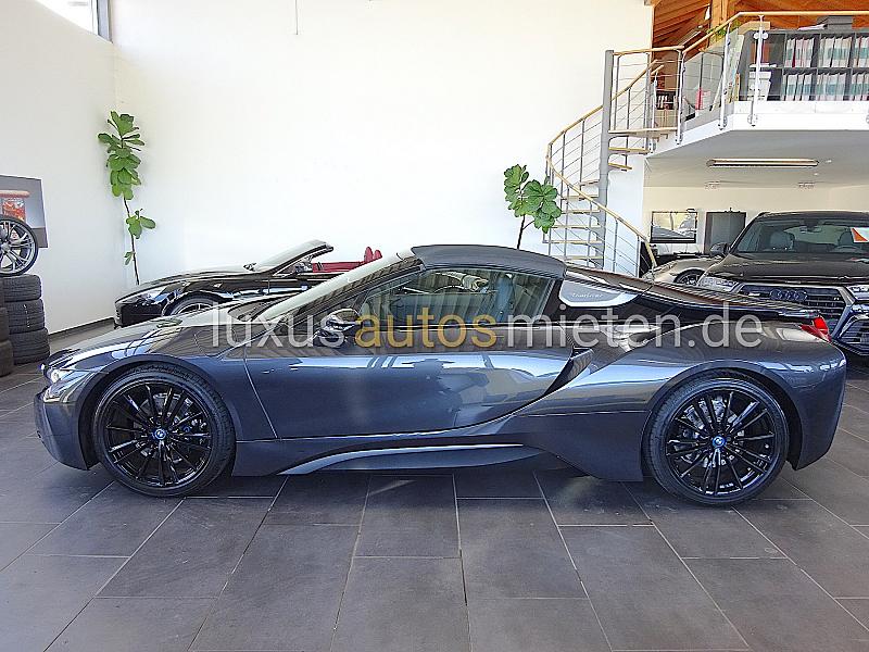 BMW i8 Roadster_1