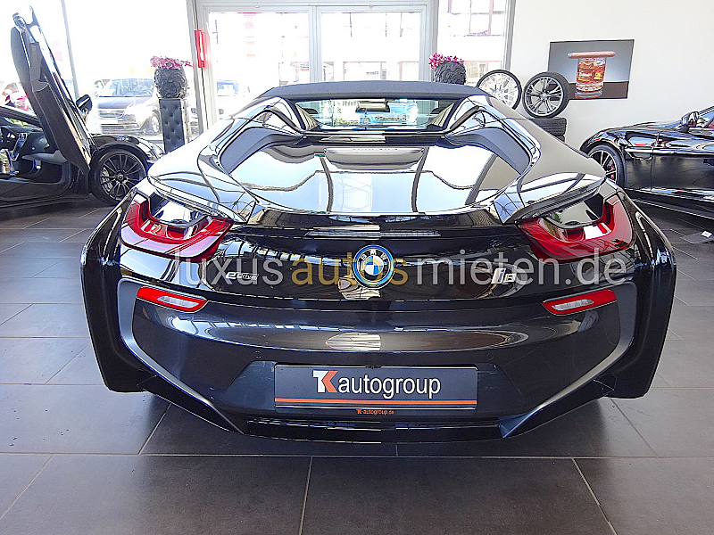 BMW i8 Roadster_2