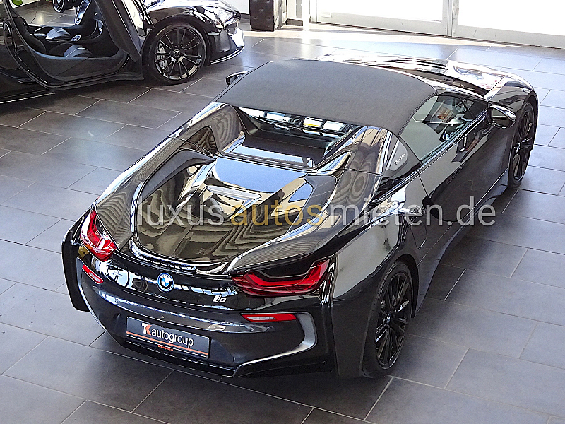 BMW i8 Roadster_4