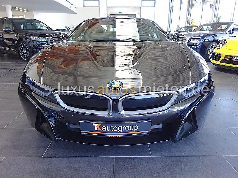BMW i8 Roadster_7
