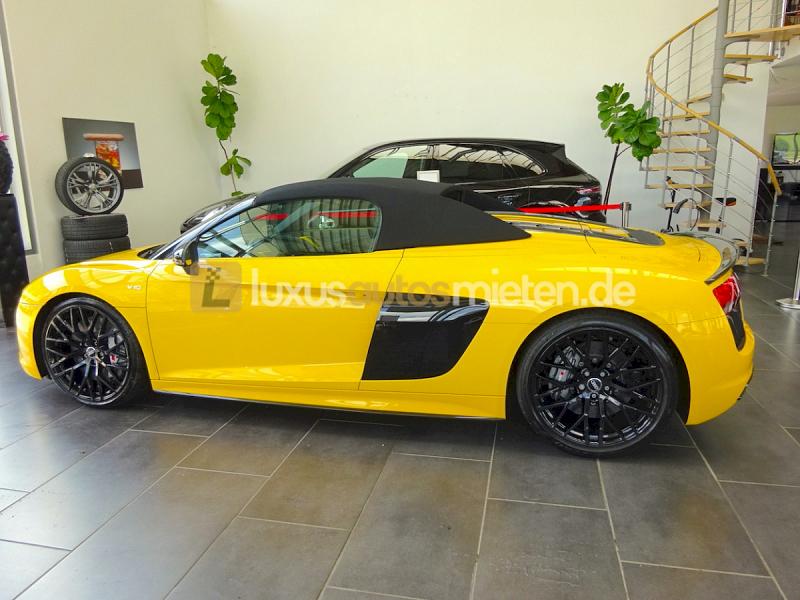 Audi R8 Spyder V10 Plus 5.2 FSI_1