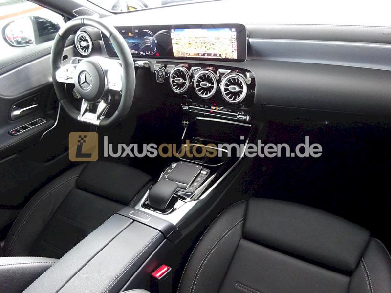 Mercedes-Benz A 45 AMG S_8