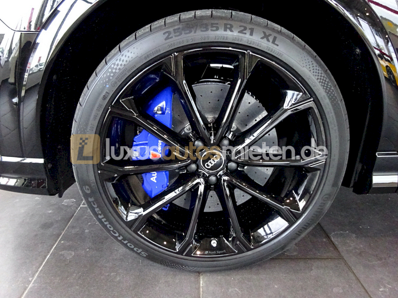 Audi RSQ3 Sportback_8
