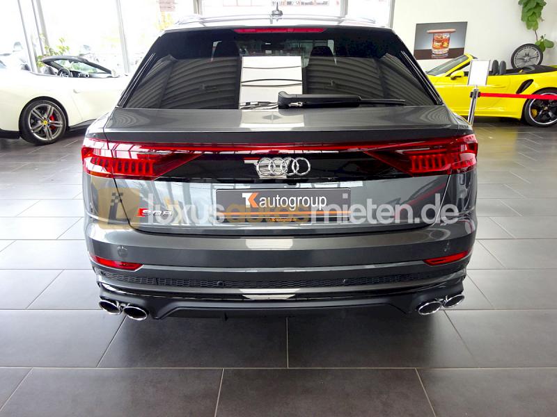 Audi SQ8 _2