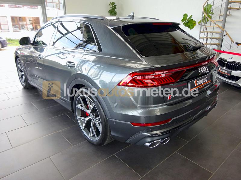 Audi SQ8 _6