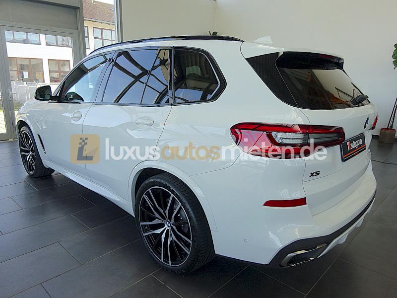 BMW X5 M50 d_2