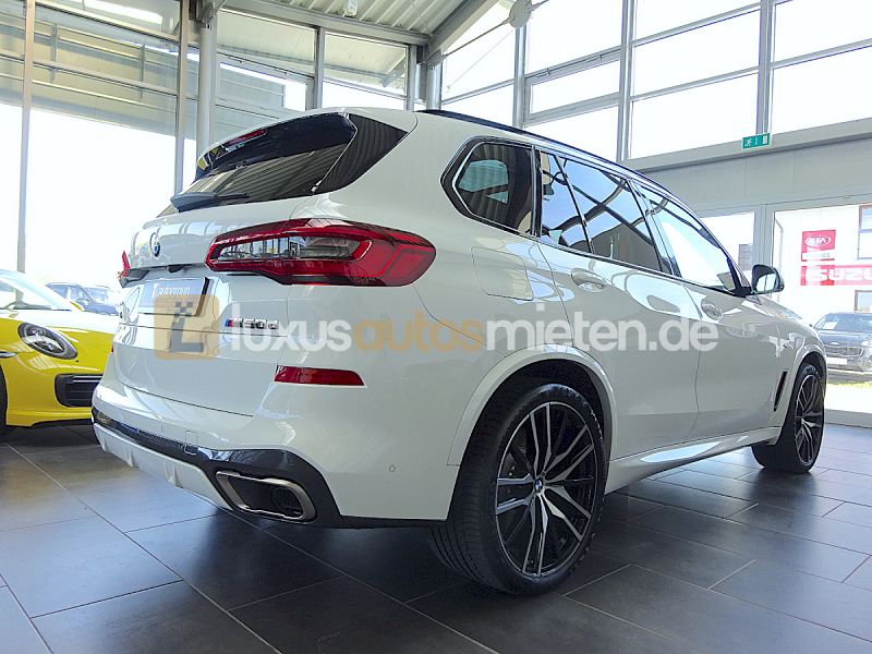 BMW X5 M50 d_5