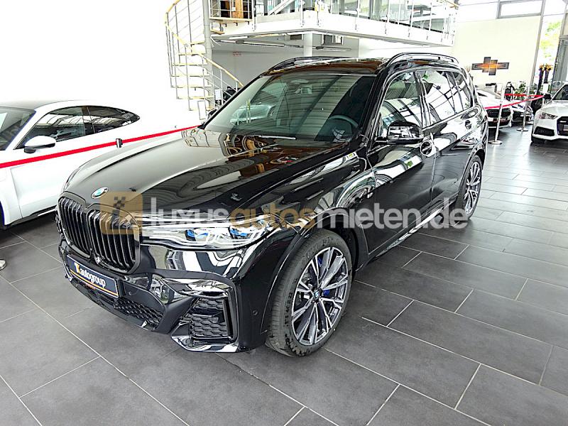 BMW X7 M50d_0