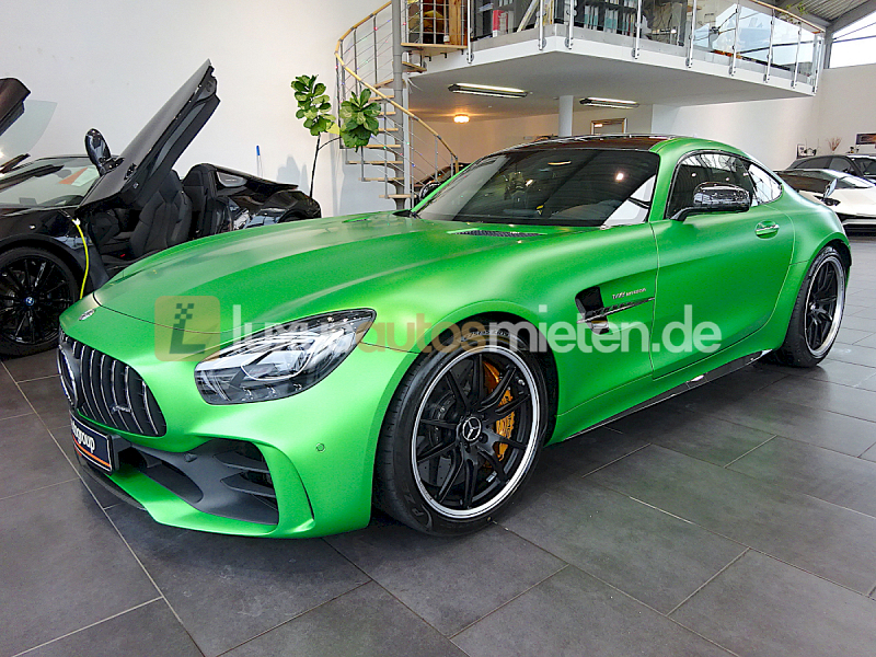 Mercedes-Benz AMG GT R Coupe_0
