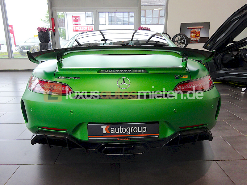 Mercedes-Benz AMG GT R Coupe_3