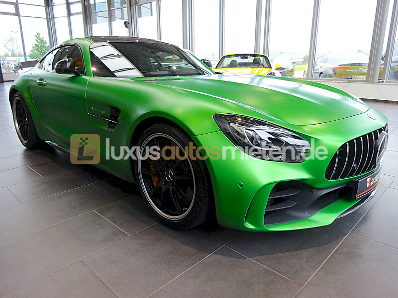 Mercedes-Benz AMG GT R Coupe_6