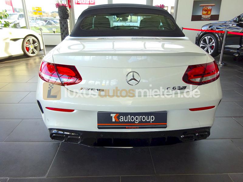 Mercedes-Benz C 63 AMG S Cabrio_3