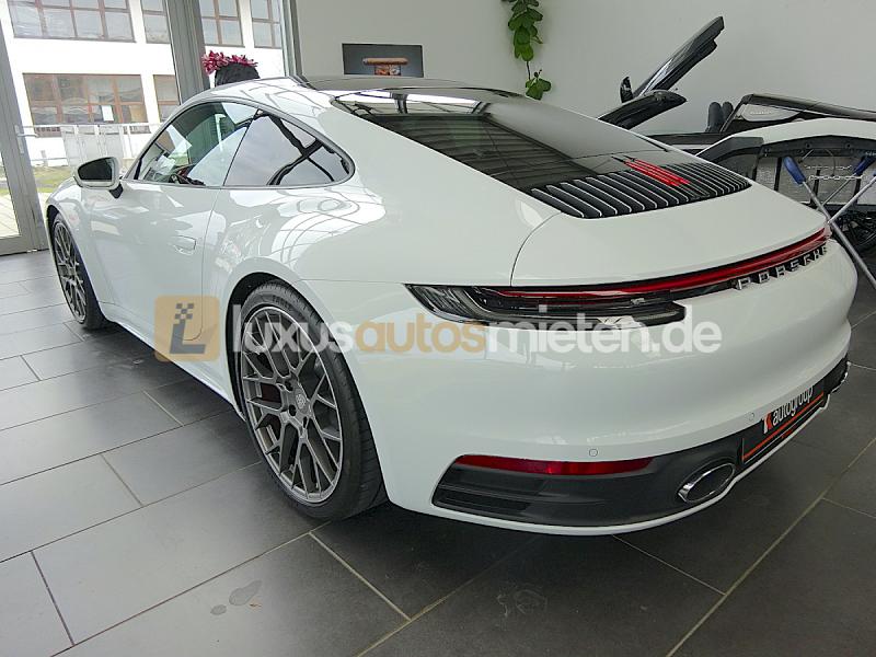 Porsche 992 Coupe 4S_2