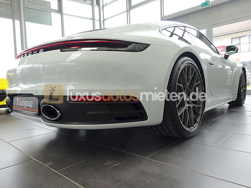 Porsche 992 Coupe 4S_5