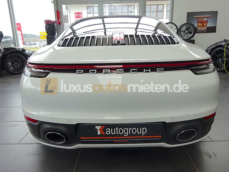 Porsche 992 Coupe 4S_3