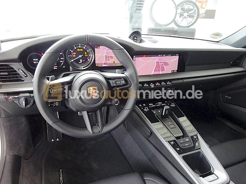 Porsche 992 Coupe 4S_8