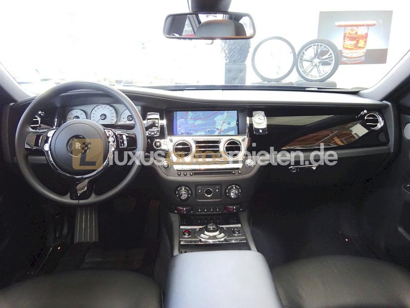 Rolls-Royce Ghost _8