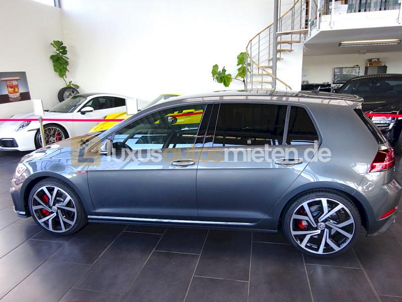 Volkswagen Golf GTI Performance _1