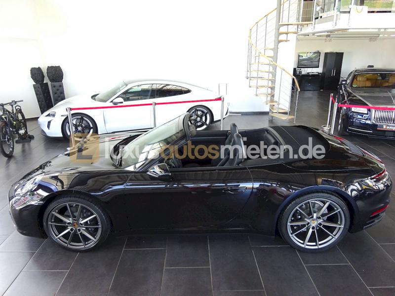 Porsche 992 Cabrio C4_1