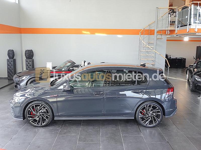 Volkswagen Golf 8 GTI_1