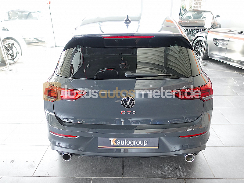 Volkswagen Golf 8 GTI_3