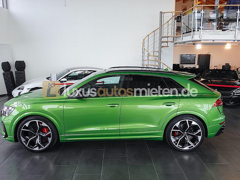 Audi RSQ8 _1