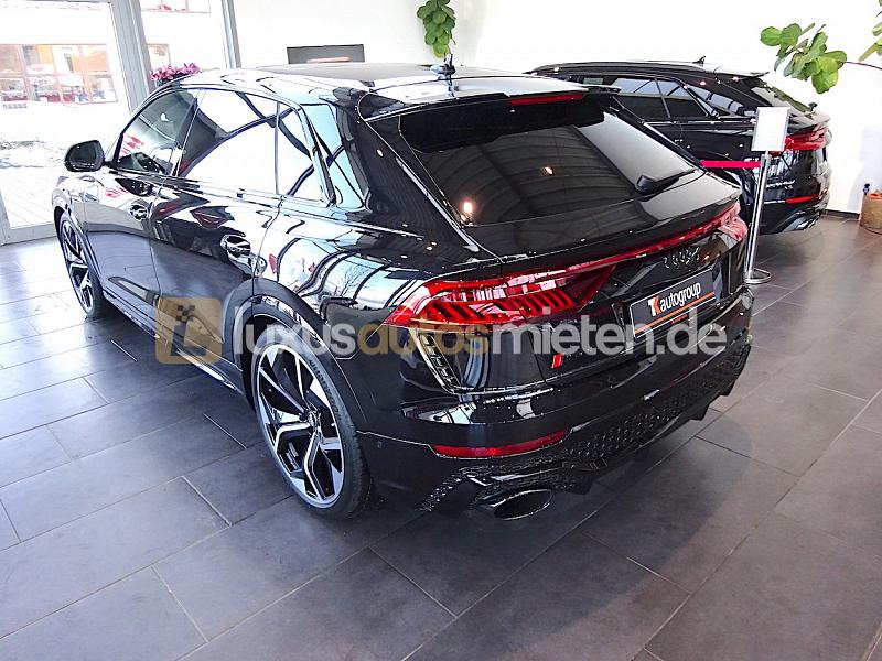 Audi RSQ8 _2