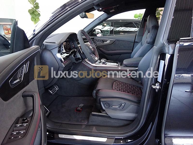 Audi RSQ8 _8