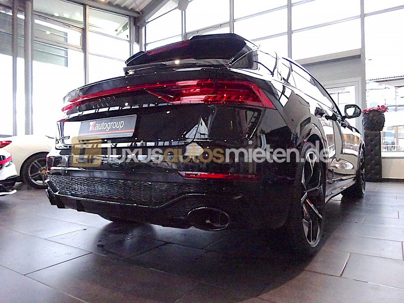 Audi RSQ8 _5