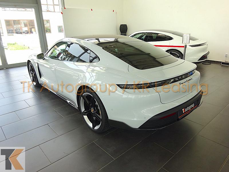 Porsche Taycan Turbo S_2