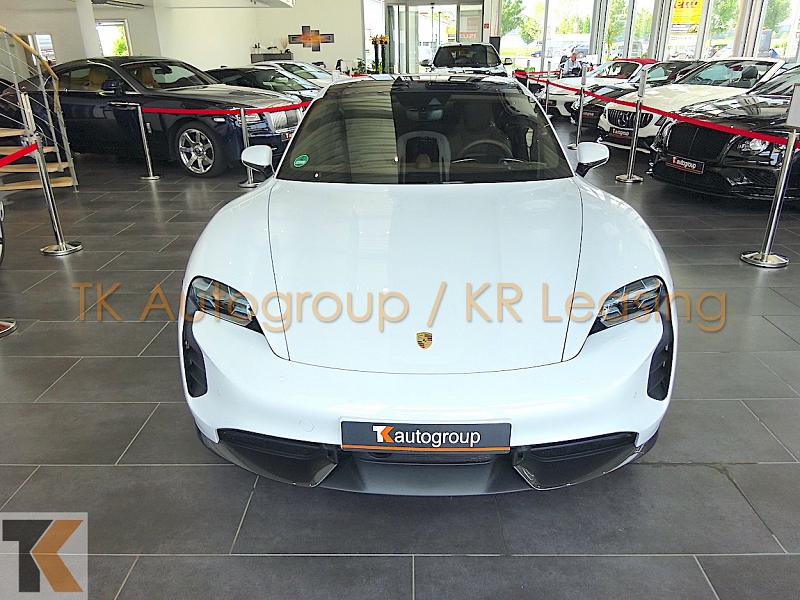 Porsche Taycan Turbo S_7